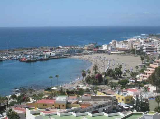 TRYP Tenerife: View from the balcony (13th floor)