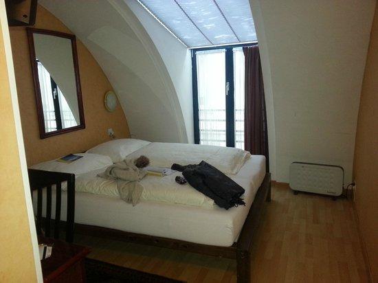 Hotel Falken - Luzern: Nice Room