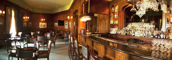 Country Club Lima Hotel: Bar inglés