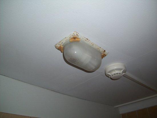 El Chico: Badlampe