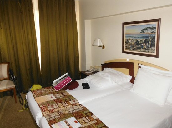 Aziyade Hotel: chambre deux lits