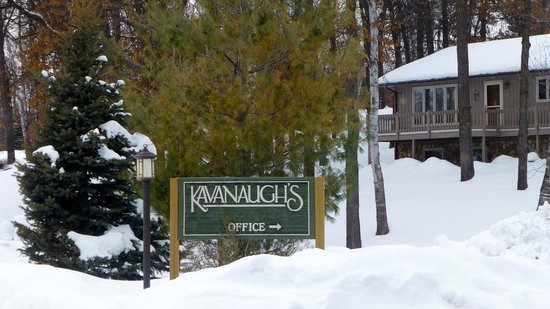 Kavanaugh's Sylvan Lake Resort: Kavanaugh's Sign
