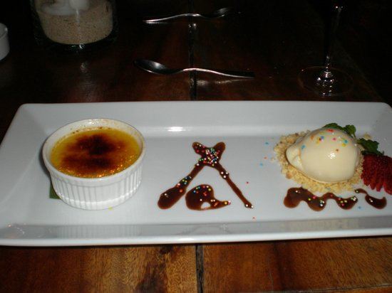 Nikki Beach Resort & Spa: Dessert-Passion fruit creme brulee