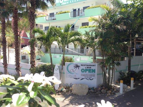 Casa Verde Hotel: the hotel entrance