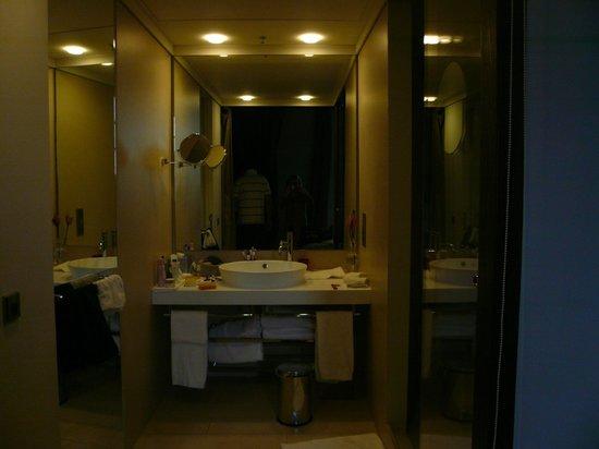 Gran Melia Rome: Baño un lujo