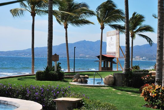 Villa La Estancia Beach Resort & Spa Riviera Nayarit: View from the pool to the beach