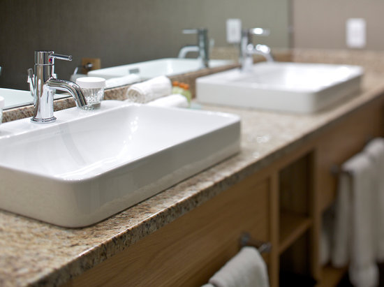 Killington Grand Resort Hotel: New Vanities