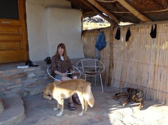 Oudrif: Outside cottage