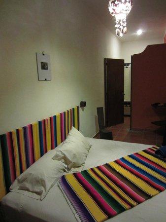 Lo Nuestro Petite Hotel: Room