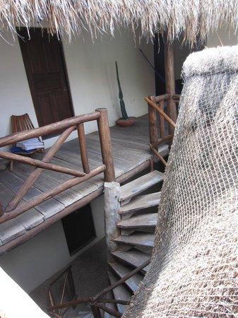 Lo Nuestro Petite Hotel: Wooden patio