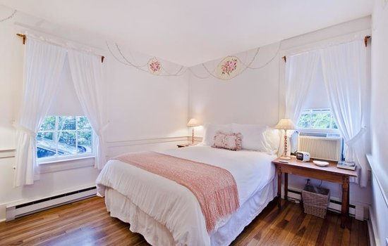 Photo of Bed and Breakfast Summer House Inn at 31 India St , Nantucket, Ma 02554, Nantucket, MA 02554, United States