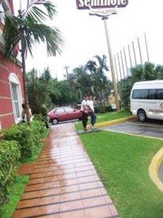 Hotel Seminole : en las afueras del hotel