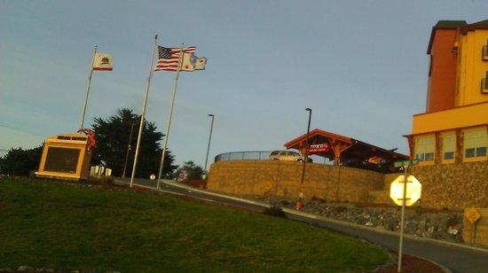 Bear River Casino Resort: Driving in