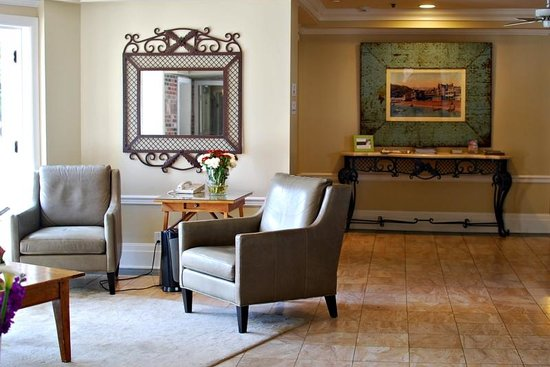 Hotel Metropole: Hotel Lobby