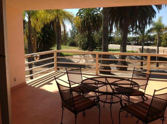 Super 8 Santa Barbara/Goleta: Balcony