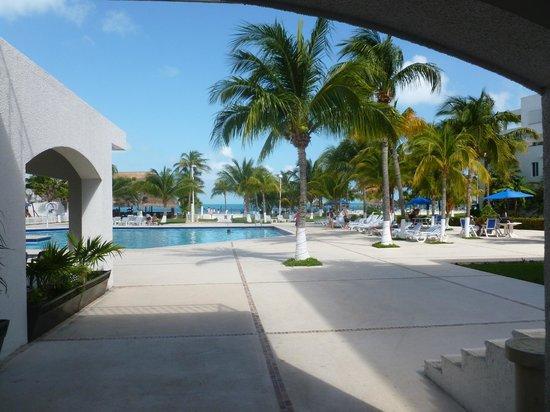 Beachscape Kin Ha Villas & Suites : Piscina