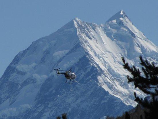 Tekapo Helicopters -  Tours : Majestic Mountains
