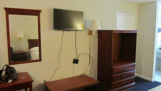 Gateway Inn Savannah : room
