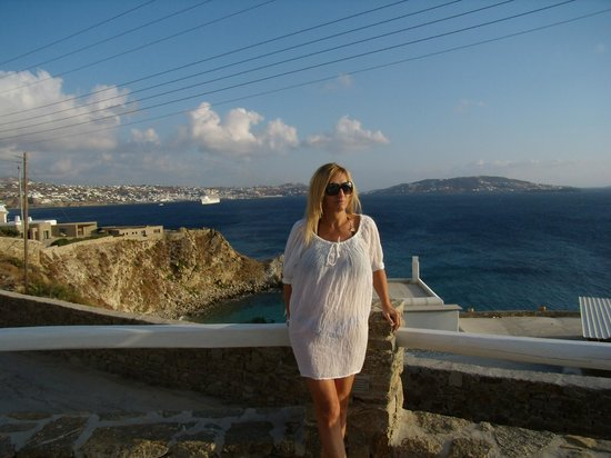 Rocabella Mykonos Art Hotel & SPA: Amazing view from the pool area! Mykonos Town, Delos & Tinos islands ....