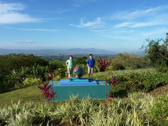 Xandari Resort & Spa: Beautiful view....great photo op...feels like the top of the world