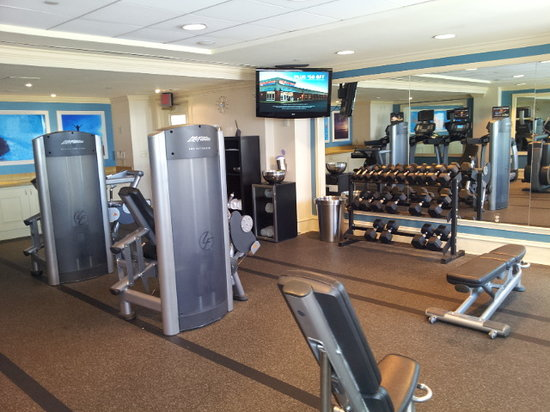 Renaissance Fort Lauderdale-Plantation Hotel: Nice gym - could do with some more machines