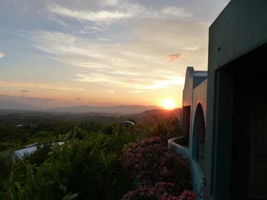 Xandari Resort & Spa: Lovely sunset at Xandari
