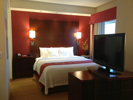 Residence Inn Helena: King Bed