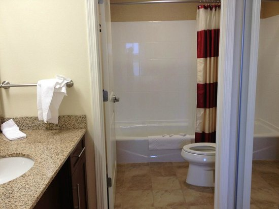 Residence Inn by Marriott Helena: Bathroom