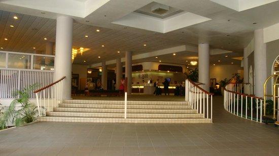 Waikiki Resort Hotel: Recepção
