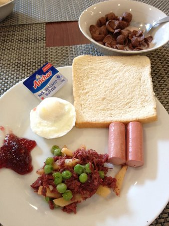 Microtel Inn & Suites by Wyndham Tarlac : breakfast