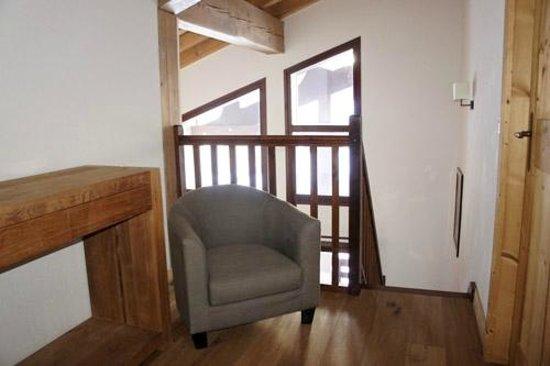 Dormio Resort Les Portes du Mont Blanc : Petit espace emménagé à l'étage