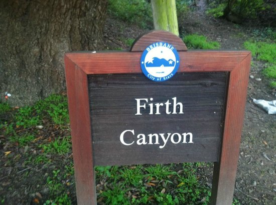 Brisbane, CA: Firth Canyon, one of the wonderful open spaces