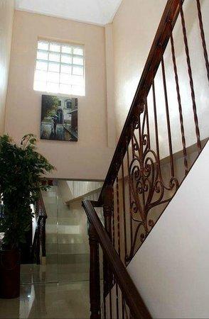 Villa Adela: Staircase to our awaiting beds