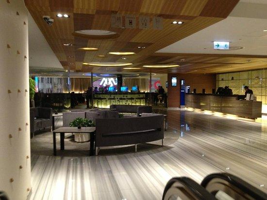 Novotel Hong Kong Nathan Road Kowloon: Lobby