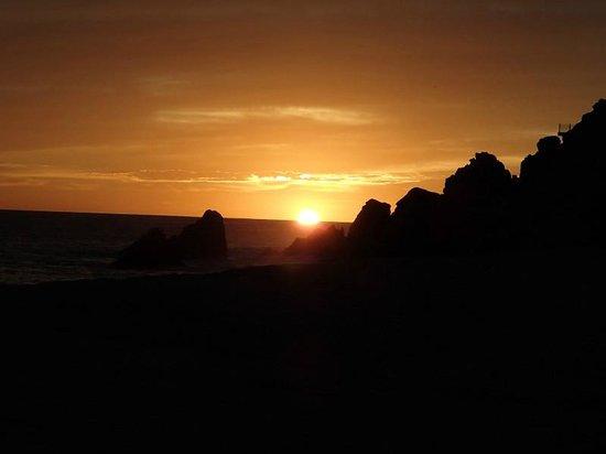 Pueblo Bonito Sunset Beach Golf & Spa Resort: Sunset from Pool Area