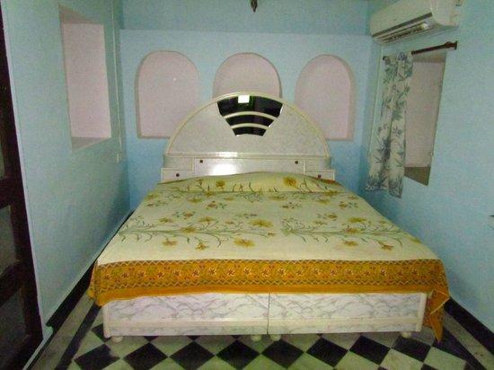 Tordi Garh: Functional room,