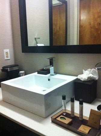 Ivy Hotel Napa: banho