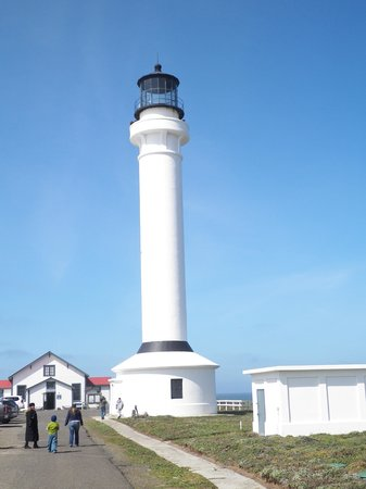 Super 8 Fort Bragg: Point Arena lighthouse