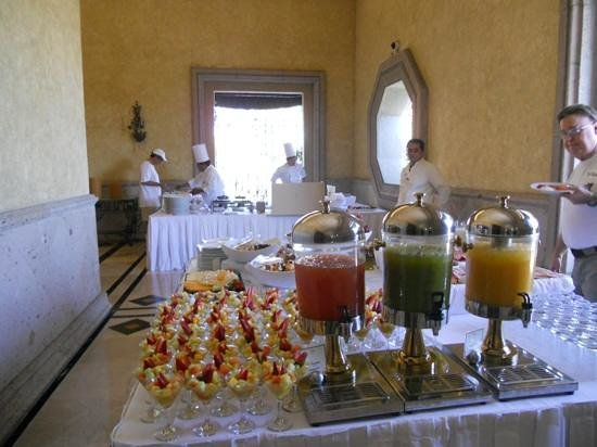 Velas Vallarta: Salads, juice and omelletes at Monday brunch