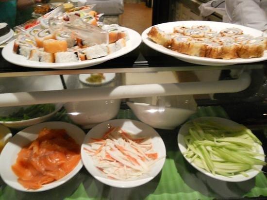 Velas Vallarta: Oriental night at Andrea's, sushi station