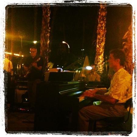 Omni Rancho Las Palmas Resort & Spa: jazz band - Friday night at bluEmber