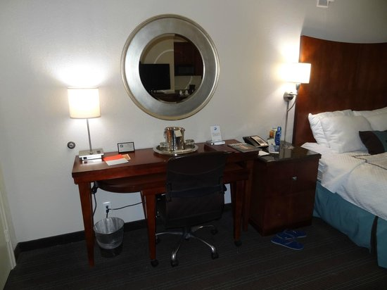 Capitol Hill Hotel: vista habitacion