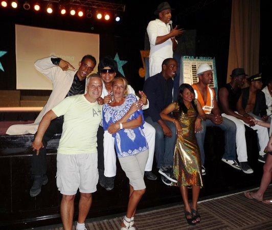 Dreams Palm Beach Punta Cana: Con el grupo de entretenimiento