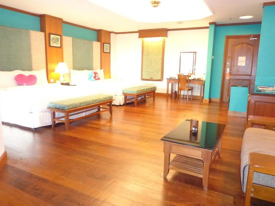 Grand Lexis Port Dickson: Spacious and cosy with comfy king size beds