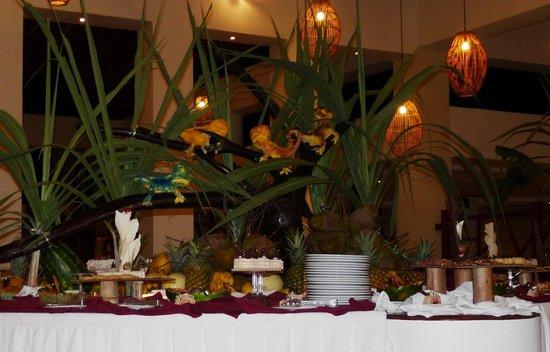 Dreams Palm Beach Punta Cana: Restaurant buffet internacional