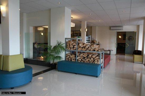 Quality Hotel Gateway: Lobby 2