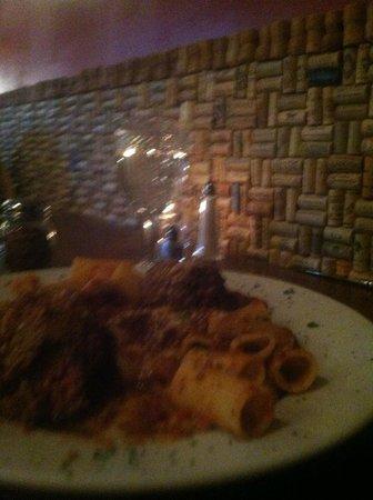 Cafe Andiamo: corked walls..