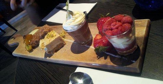 Rustico Tapas & Wine Bar: dessert tasting plate