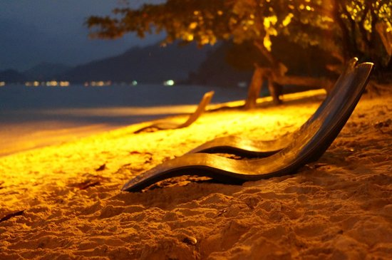 Gajapuri Resort & Spa: Night time at the private beach