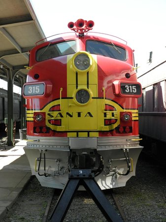 Galveston Island Railroad Museum and Terminal: All Aboard!